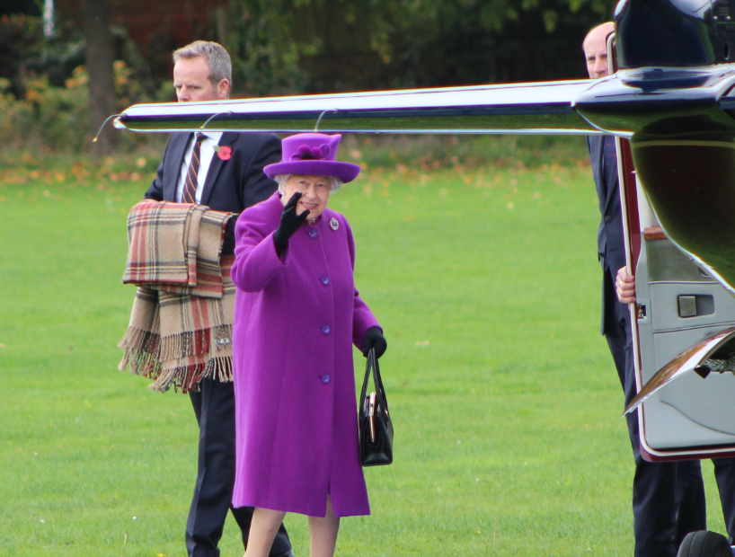 The Queen comes to Aylesford School